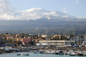 Etna e il mare