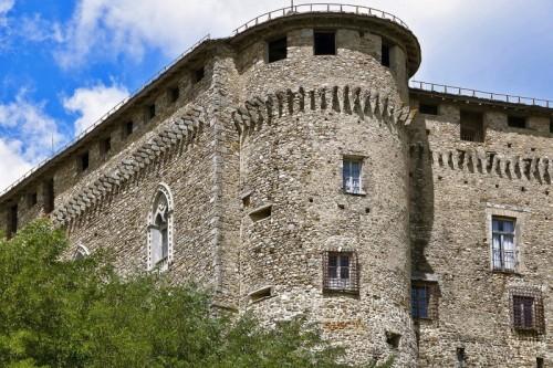 Compiano - architetture medievali