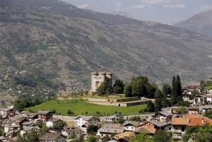 Aymavilles: panorama con castello