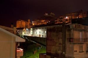 Tolfa di notte