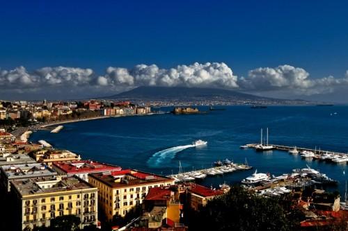 Napoli - i caldi colori del mediterraneo