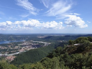 San Maurizio d'Opaglio dalla collina soprastante