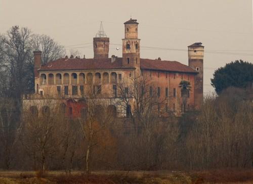Torino - Castello del Drosso (visto dalla riva del Sangone)