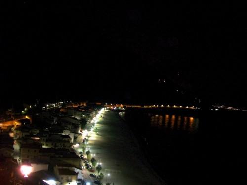 Scilla - lungo mare scilla  di notte