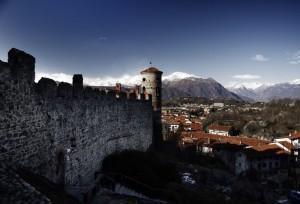 Panorma di Pavone Canavese con vista castello