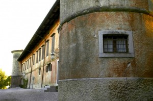 entrata laterale della Rocca Bernarda