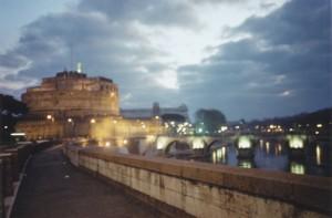 Alba d'inveno a Castel Sant':Angelo
