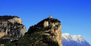 Il castello di Arco i Monti e La Neve