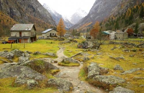 """Val Masino - C'è uns """"rotonda """" sul sentiero"""