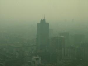Dall'Altra Sede della regione, veduta nello smog verso Piazza della Repubblica