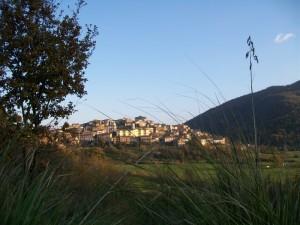 un piccolo borgo nei Monti Ausoni