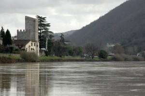 La torre controlla l'Arno