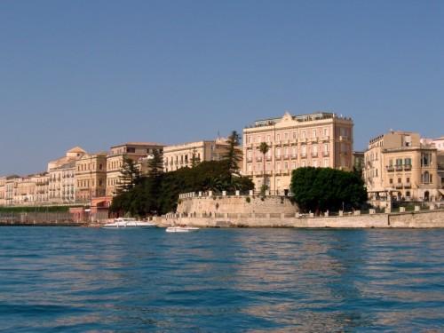 Siracusa - Dalla barca...Ortigia!