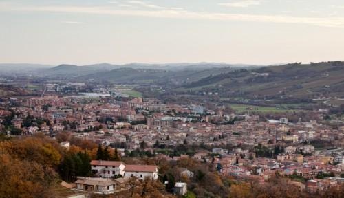 Tolentino - Al centro della vallata del Chienti