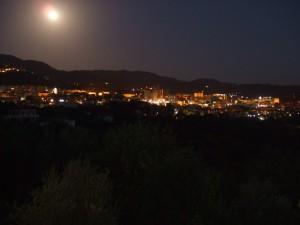 La luna su Vallo di notte