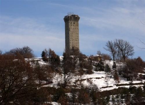 Roccaverano - torre di Vengore...