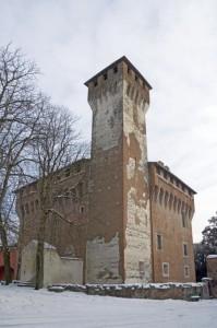 Il castello di San Cristoforo, innevato.