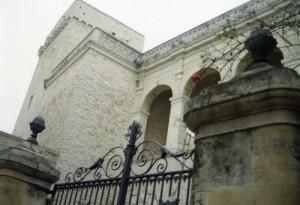 castello baronale di valenzano