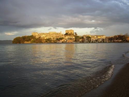 Capodimonte - Prima di partire un dolce saluto dalla spiaggia