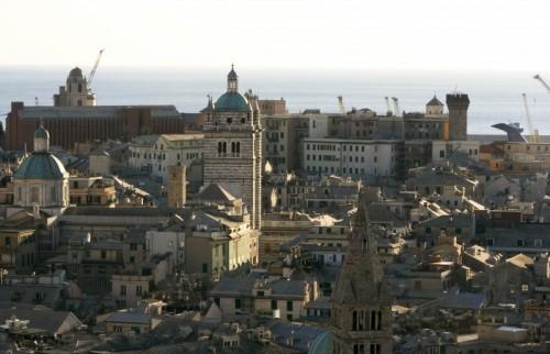 Genova - E sullo sfondo il mare