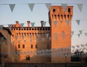La Rocca di Vignola in un giorno di festa