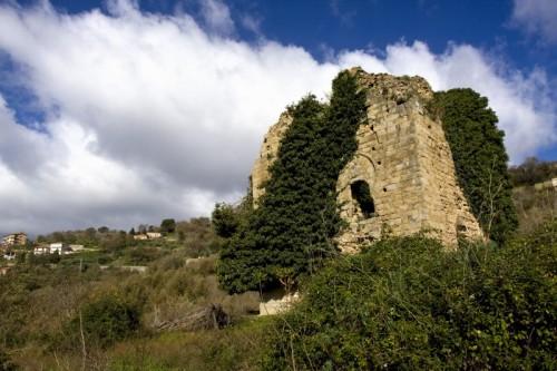 Castell'Umberto - 3/4 a sinistra