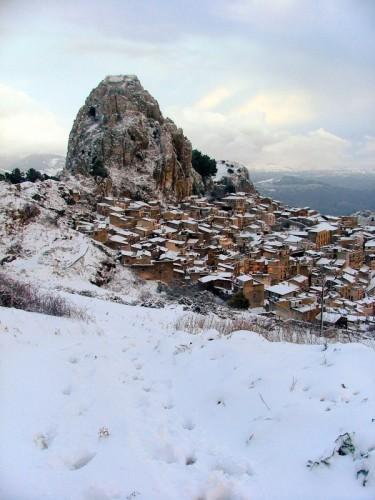 Caltabellotta - La rocca innevata