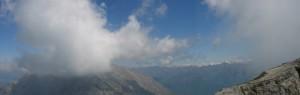 la Grigna settentrionale avvolta da un manto di nuvole