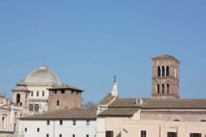 Tra campanili e cupole:Torre dei Caetani