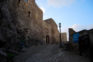 …ingresso al castello
