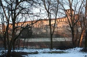 Castello visto dal fiume Olio