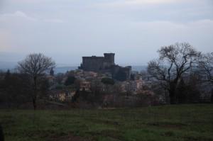 Il castello degli Orsini protegge il suo Soriano