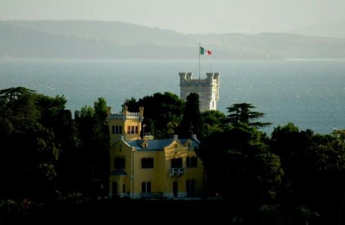 Trieste - l'altro lato di miramare