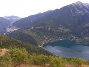 Scanno tra i suoi monti e il suo lago