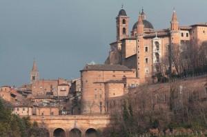 Palazzo color Terra Di Siena