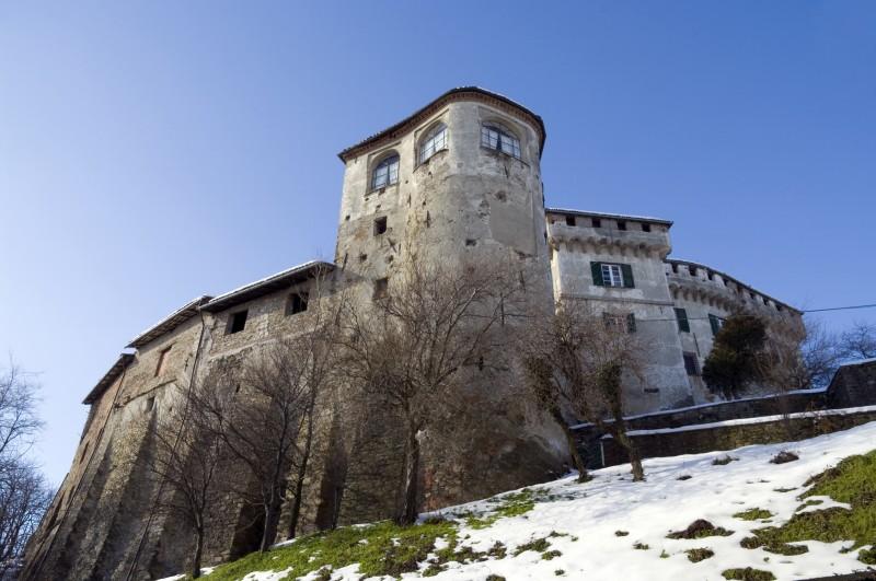 ''Un primo piano del castello di Mornese.'' - Mornese
