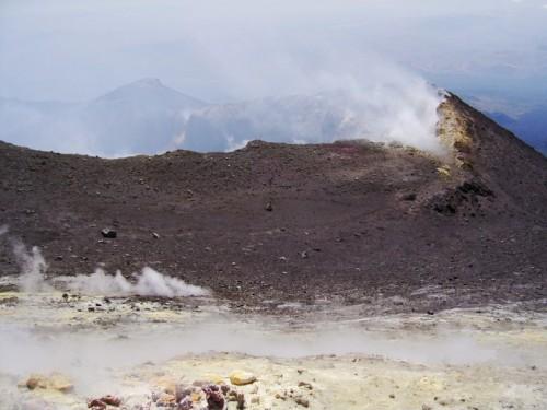 Nicolosi - Il cratere centrale dell'Etna