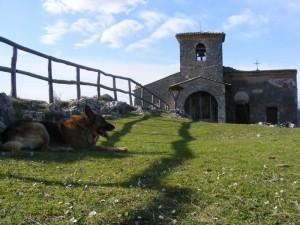 Monte Asprano e la sua chiesetta