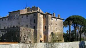 """Il castello detto anche """"Rospigliosi"""" del borgo rurale"""