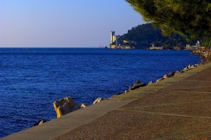 Le magiche geometrie di (Mira)mare a Trieste