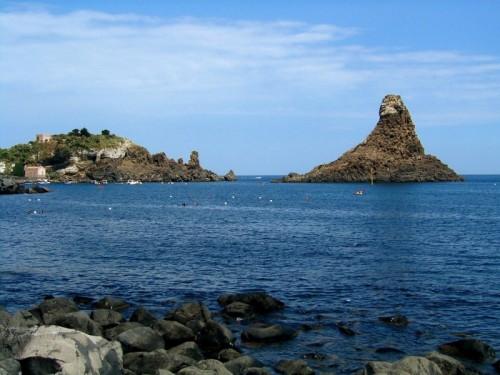 Aci Castello - I faraglioni