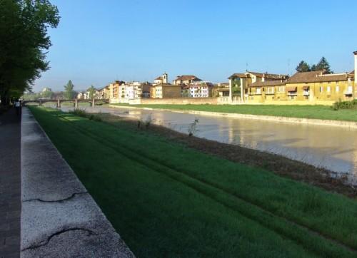 Parma - Sulla sponda del torrente Parma