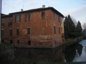 Castello Gazzo - il fossato