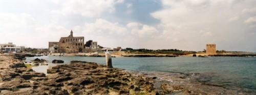 Polignano a Mare - Abazia di S. Vito e la torre Normanna