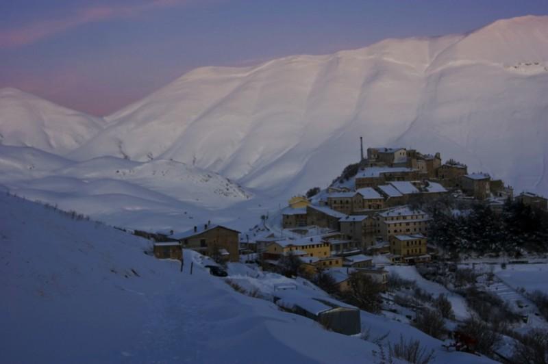 ''Castelluccio Febbraio 2010 - 18 Gradi di Temperatura #12'' - Norcia