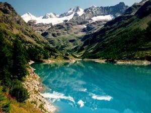 le riflessioni di un lago valdostano
