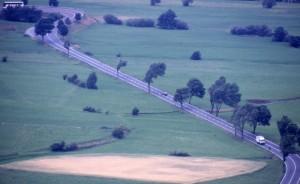 Dall'Abbazia di Monte Maria, la strada che conduce al Passo Resia