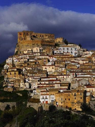 Rocca Imperiale - Una Città Arroccata...
