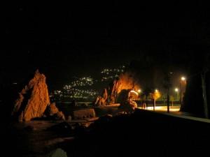 Di notte sul lungomare di capo d'orlando