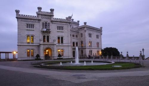 Trieste - Miramare di sera